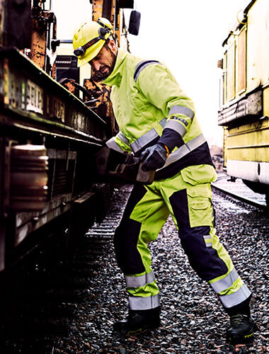 risk assesment rail workers